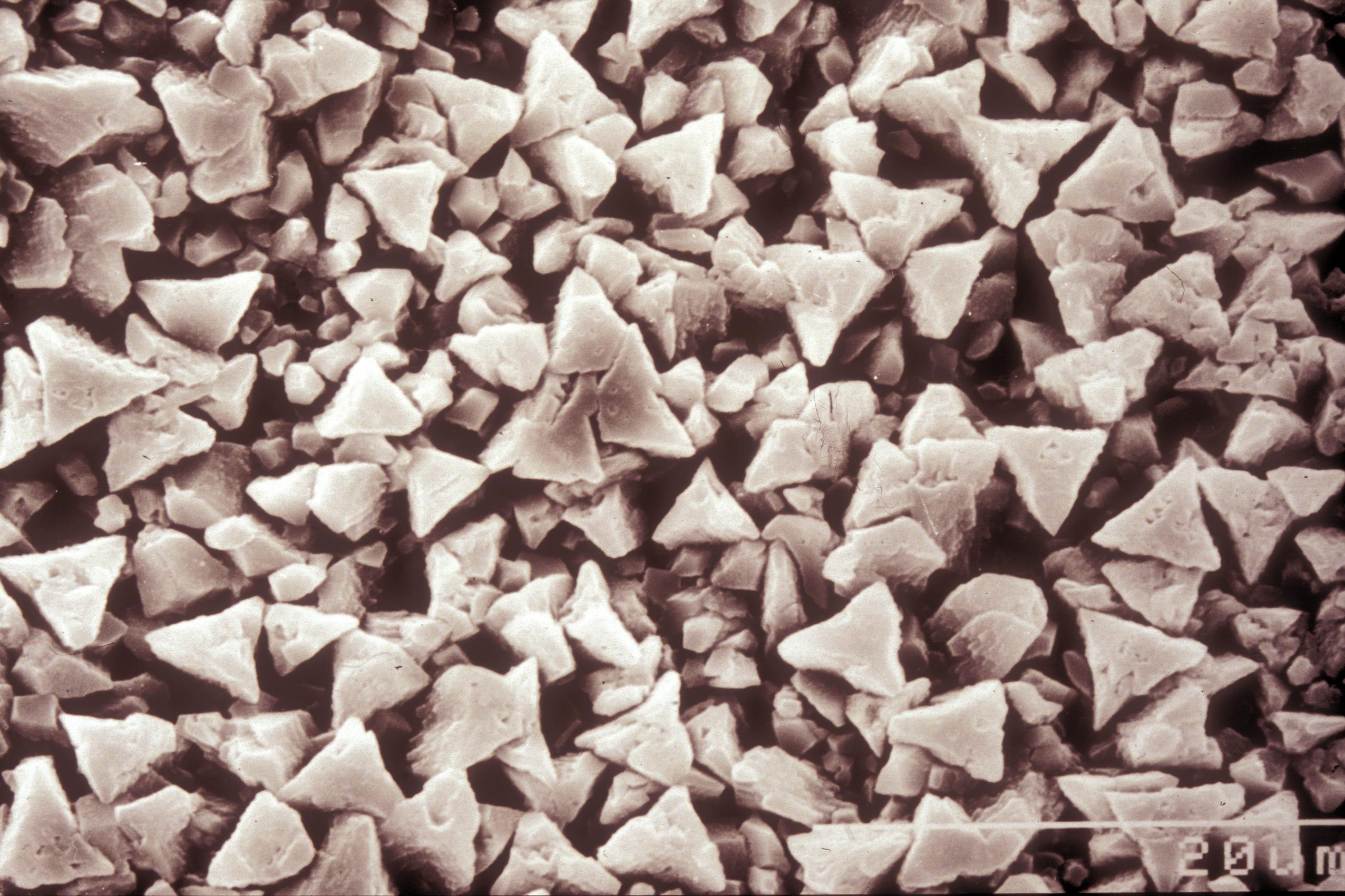 Calcit Kristalle Musterplatte.jpg